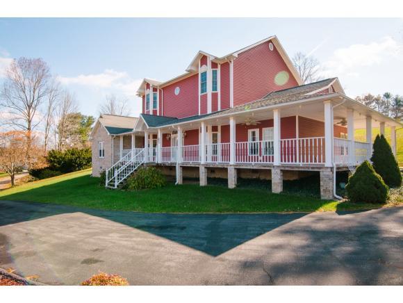 4313 Morgan Hill Rd, Coeburn, VA 24230 (MLS #414947) :: Conservus Real Estate Group