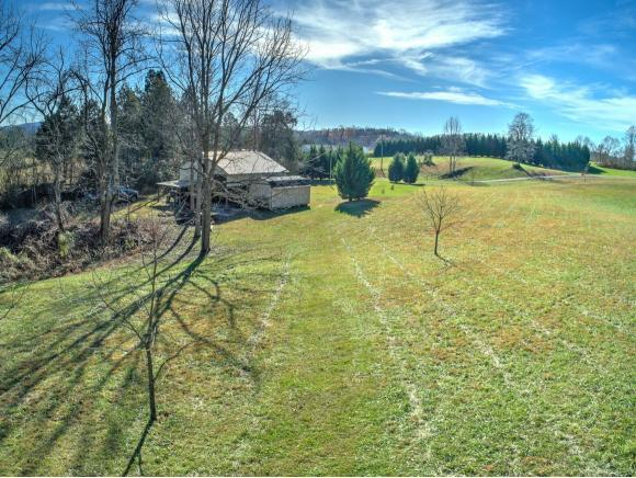224 Old Stage Road, Rogersville, TN 37657 (MLS #415542) :: Highlands Realty, Inc.
