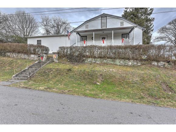 176 Sherman, Gate City, VA 24251 (MLS #416116) :: Highlands Realty, Inc.