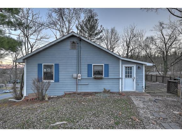 3361 Hillcrest Dr, Kingsport, TN 37664 (MLS #416238) :: Conservus Real Estate Group
