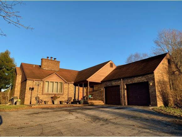 245 Lazareth Drive, Dryden, VA 24243 (MLS #416293) :: Bridge Pointe Real Estate