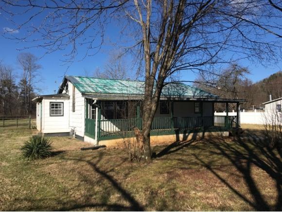 320 Scott Rd, Unicoi, TN 37692 (MLS #416396) :: Griffin Home Group