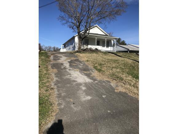542 Main Street W #0, Mount Carmel, TN 37645 (MLS #416471) :: Griffin Home Group