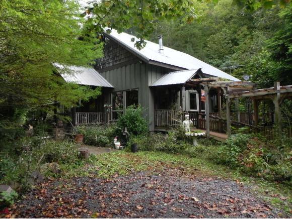1736 War Valley, Rogersville, TN 37857 (MLS #416554) :: Griffin Home Group