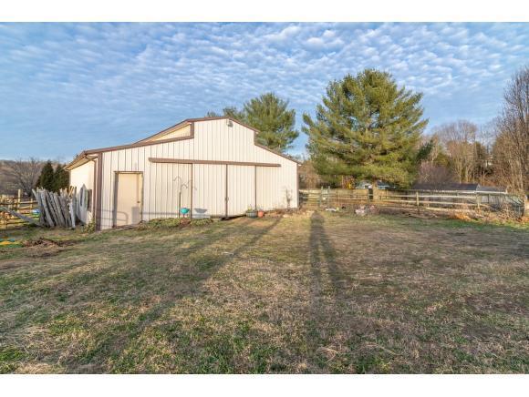 TBD High Point Road, Bristol, VA 24202 (MLS #416843) :: Highlands Realty, Inc.