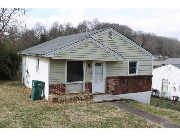 214 Beech Street, Bristol, VA 24201 (MLS #417819) :: Highlands Realty, Inc.