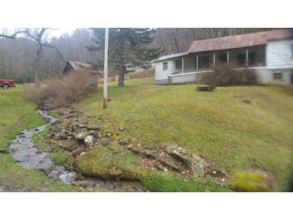 242 Clarktown Rd., Roan Mountain, TN 37687 (MLS #417952) :: Highlands Realty, Inc.