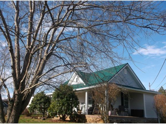 116 Cecil Vanhuss Rd, Elizabethton, TN 37643 (MLS #418556) :: Highlands Realty, Inc.