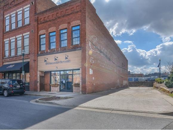 106 Tipton #1, Johnson City, TN 37604 (MLS #418832) :: The Baxter-Milhorn Group