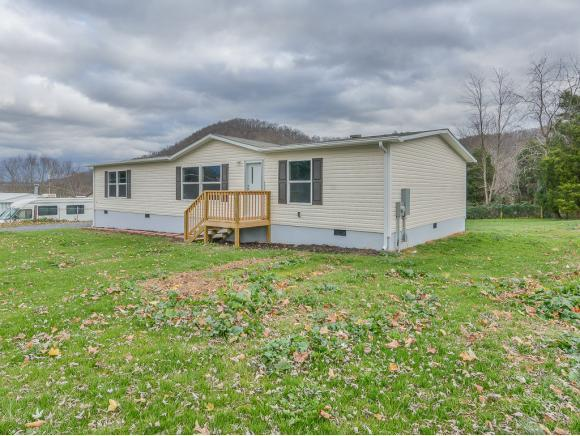 305 Pleasant Hill Church Road, Blountville, TN 37617 (MLS #419536) :: Bridge Pointe Real Estate