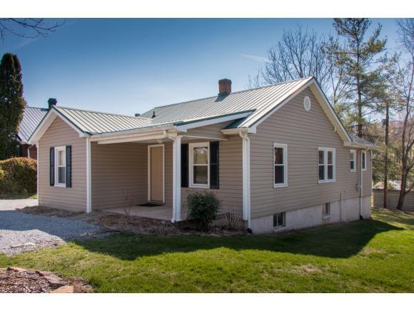 522 Main Street E, Abingdon, VA 24210 (MLS #419810) :: Bridge Pointe Real Estate