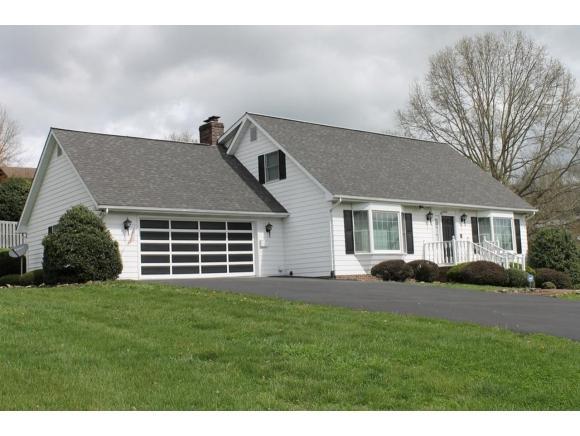 19070 Essex Drive, Abingdon, VA 24211 (MLS #419980) :: Highlands Realty, Inc.