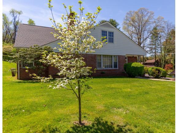 32 Cherry Lane, Bristol, VA 24201 (MLS #420239) :: Highlands Realty, Inc.