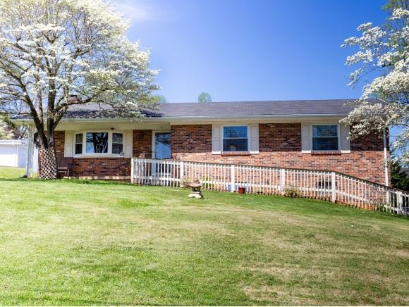 141 Hermitage, Bristol, TN 37620 (MLS #420323) :: Highlands Realty, Inc.