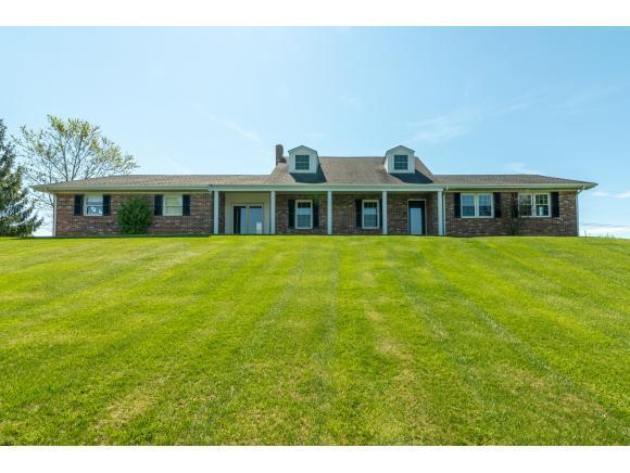 19330 Dennison Drive, Abingdon, VA 24211 (MLS #420363) :: Highlands Realty, Inc.