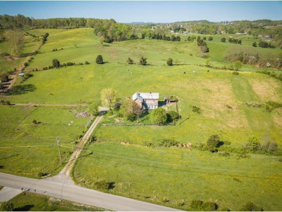 431 Poplar Ridge, Piney Flats, TN 37686 (MLS #421150) :: Bridge Pointe Real Estate