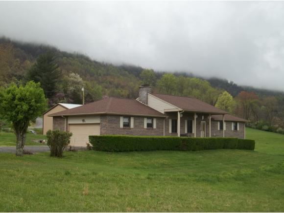 186 Kelly Coomer Road, Big Stone Gap, VA 24219 (MLS #421268) :: Bridge Pointe Real Estate
