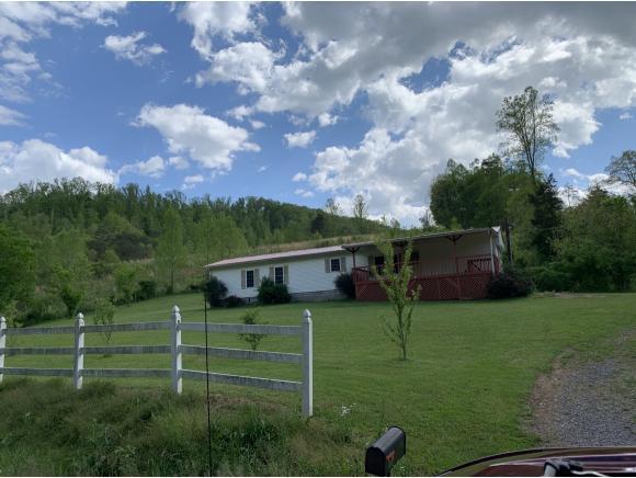 108 Seay Hollow Rd., Bulls Gap, TN 37711 (MLS #421631) :: Highlands Realty, Inc.