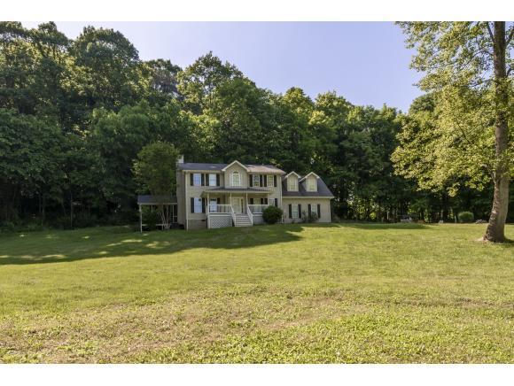 22272 Flame Leaf Drive, Bristol, VA 24202 (MLS #421834) :: Highlands Realty, Inc.