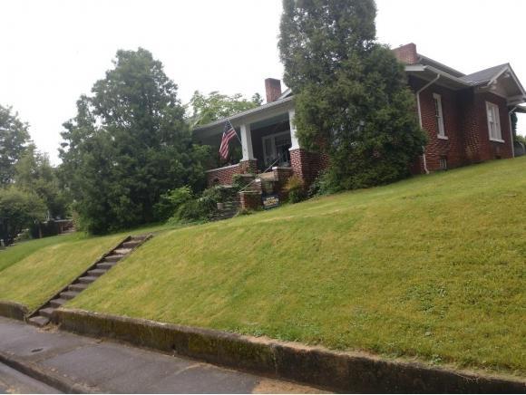 712 Piedmont, Bristol, VA 24201 (MLS #421891) :: Conservus Real Estate Group