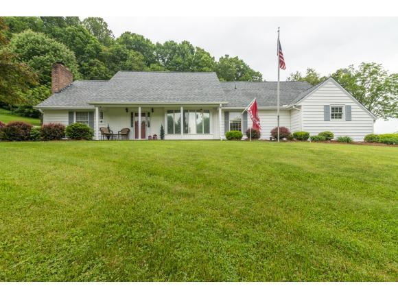 258 Green Hill Circle, Chilhowie, VA 24319 (MLS #421933) :: Highlands Realty, Inc.