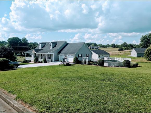 105 Maple Crest, Greeneville, TN 37743 (MLS #421985) :: Conservus Real Estate Group