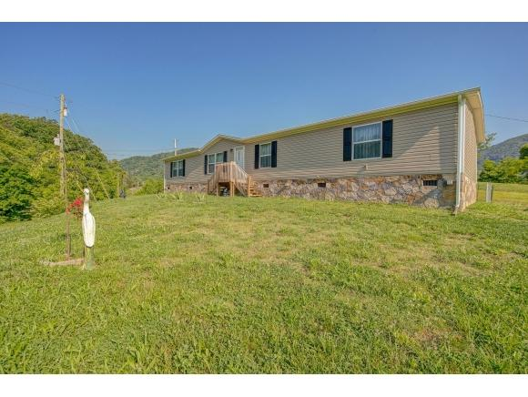 67 Nelse Roberts Rd, Chuckey, TN 37641 (MLS #422031) :: Conservus Real Estate Group
