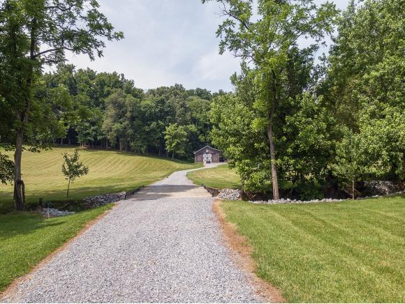 216 Oliphant Drive, Greeneville, TN 37745 (MLS #422178) :: Conservus Real Estate Group