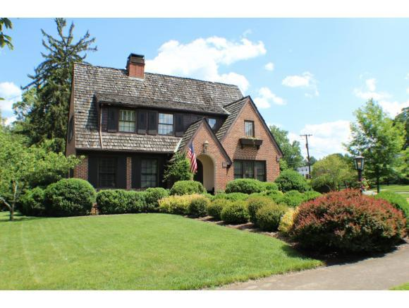 1700 Longview, Kingsport, TN 37660 (MLS #422277) :: Bridge Pointe Real Estate