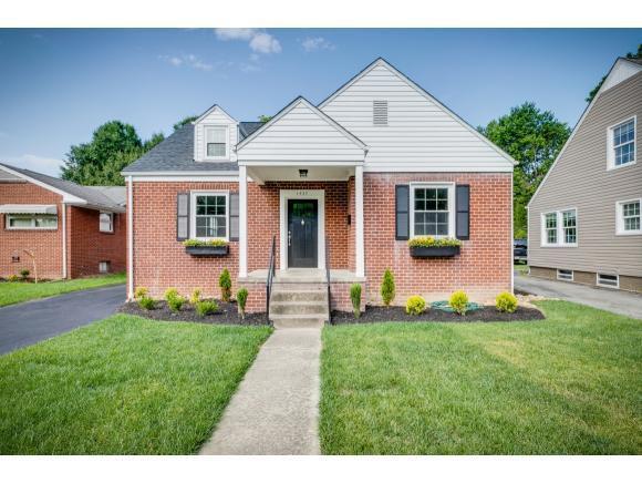 1437 Valley Street, Kingsport, TN 37660 (MLS #422363) :: Bridge Pointe Real Estate