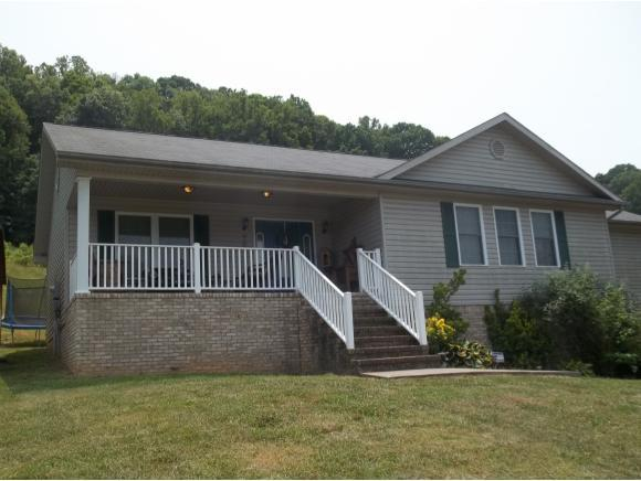 908 Harr Town Road, Blountville, TN 37617 (MLS #422623) :: Bridge Pointe Real Estate
