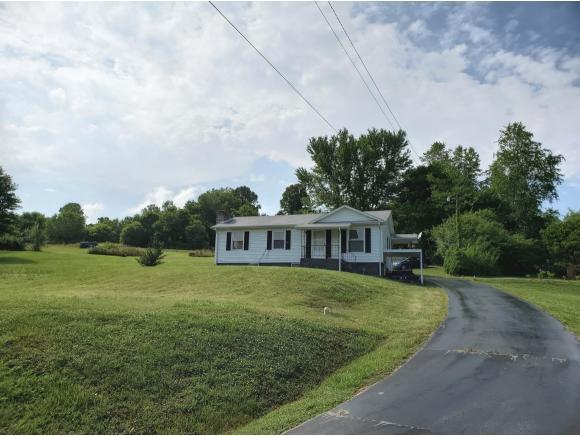1429 Sugar Hollow Drive, Bristol, TN 37620 (MLS #422747) :: Bridge Pointe Real Estate
