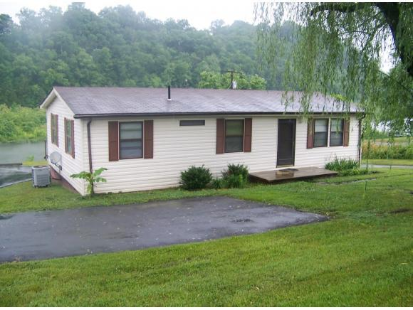 226 Lakeview Dr., Bluff City, TN 37618 (MLS #422846) :: Bridge Pointe Real Estate