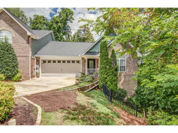261 Bridgewater Court, Gray, TN 37615 (MLS #423012) :: Bridge Pointe Real Estate