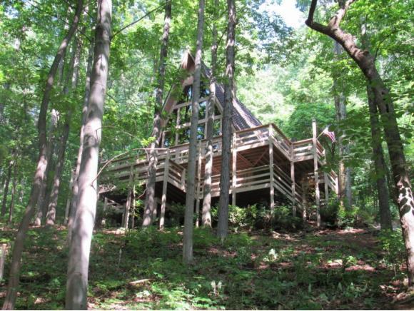 5741 Chestnut Hills Drive, Kingsport, TN 37664 (MLS #423070) :: Bridge Pointe Real Estate