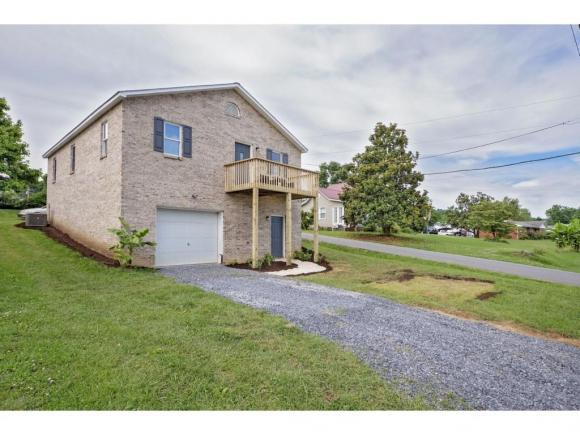 2632 Bloomingdale Road, Kingsport, TN 37660 (MLS #423108) :: Bridge Pointe Real Estate