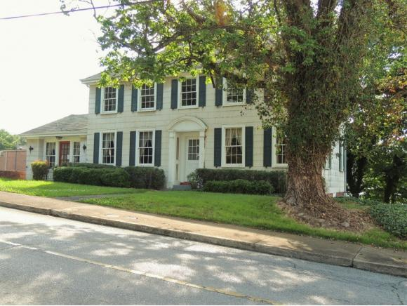 208 S. Irish, Greeneville, TN 37743 (MLS #423312) :: Highlands Realty, Inc.