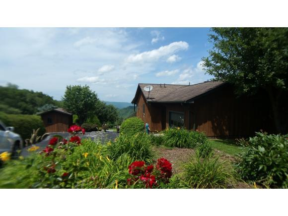 136 Orchard Meadows Lane, Roan Mountain, TN 37687 (MLS #423553) :: Highlands Realty, Inc.