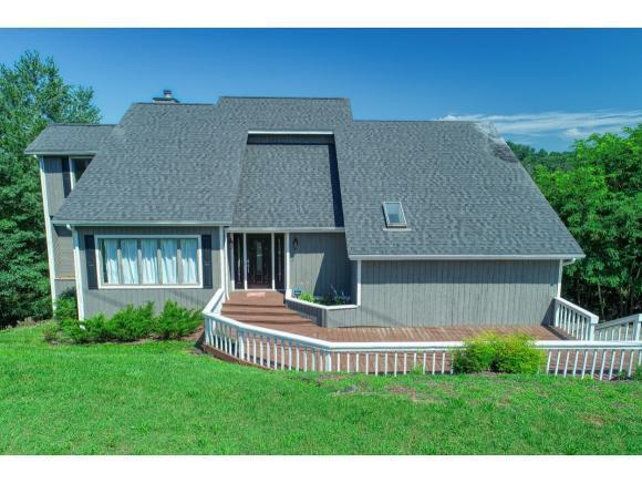323 Carters Valley Loop, Rogersville, TN 37857 (MLS #423906) :: Highlands Realty, Inc.