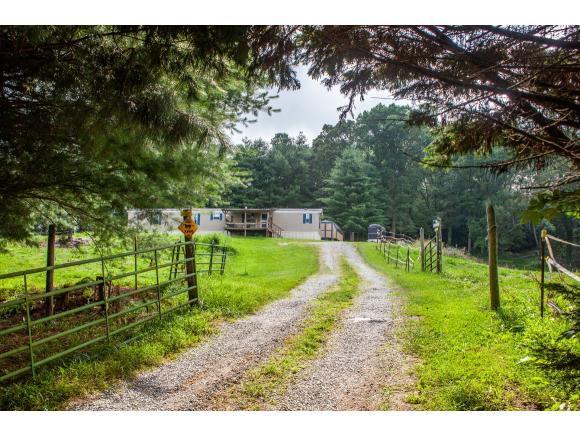 877 Hawley Road, Blountville, TN 37617 (MLS #423916) :: Highlands Realty, Inc.