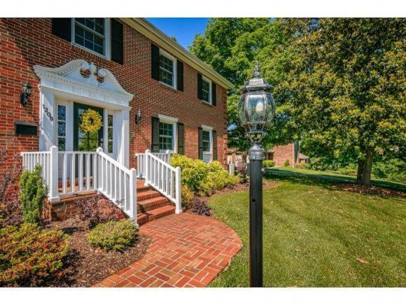 1205 Jerry Lane, Kingsport, TN 37664 (MLS #424110) :: Conservus Real Estate Group