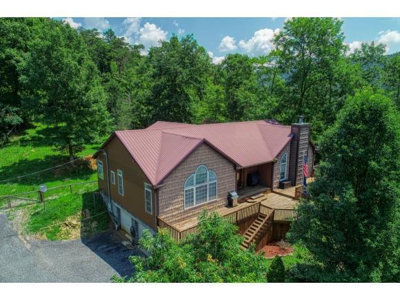 922 Butcher Valley Road, Rogersville, TN 37857 (MLS #424581) :: Highlands Realty, Inc.