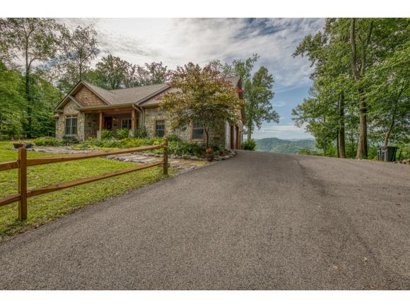 4552 Highway 421, Bristol, TN 37620 (MLS #424622) :: The Baxter-Milhorn Group