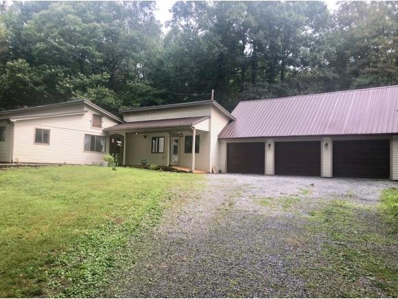 1097 Haw Ridge Rd, Piney Flats, TN 37686 (MLS #424631) :: Highlands Realty, Inc.