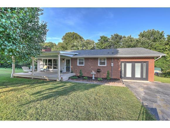 145 Barnes St, Fall Branch, TN 37656 (MLS #424644) :: Conservus Real Estate Group