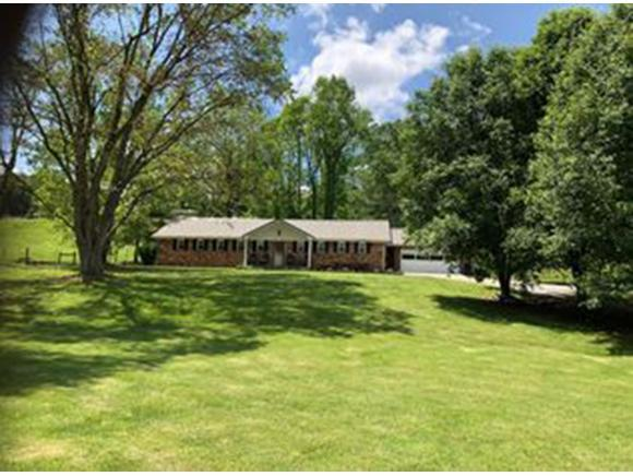 1262 White Top Road, Bluff City, TN 37618 (MLS #424747) :: Highlands Realty, Inc.