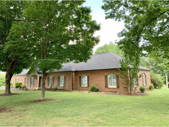 108 Greiner Drive, Bristol, TN 37620 (MLS #424925) :: The Baxter-Milhorn Group
