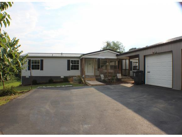 3277 Devault Bridge Rd., Piney Flats, TN 37686 (MLS #425297) :: Bridge Pointe Real Estate