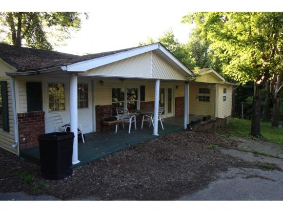 1002 Oak Glen Drive, Kingsport, TN 37665 (MLS #425384) :: The Baxter-Milhorn Group