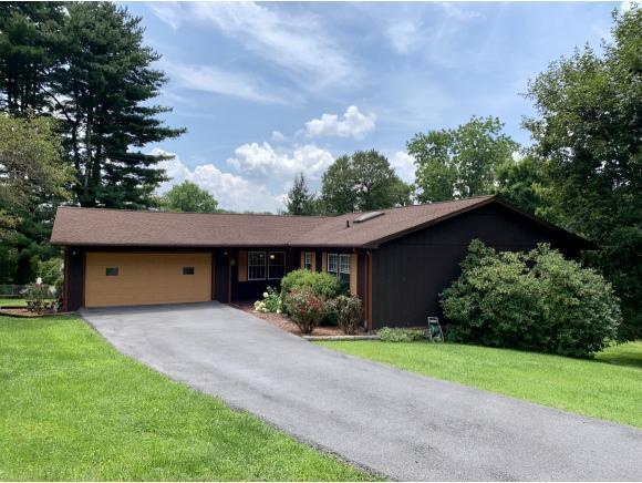 3 Grandview Circle, Bristol, VA 24201 (MLS #425471) :: Conservus Real Estate Group